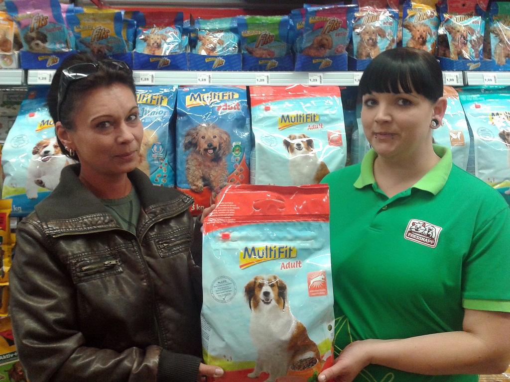 Fressnapf Spendet 155 Kilogramm Tierfutter An Den Verein Hoffnung